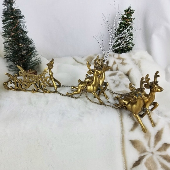 Vintage Brass Reindeer & Sleigh Winter Xmas Decor